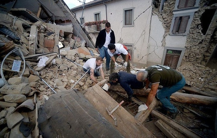 Στους 50 οι νεκροί από τον φονικό σεισμό στην Ιταλία