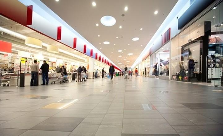 CBI: Θα υποχωρήσουν οι πωλήσεις λιανικής