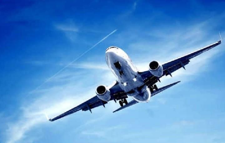 Ποια αεροπορική δίνει δύο εισιτήρια στη τιμή του ενός- Δείτε όλες τις προσφορές