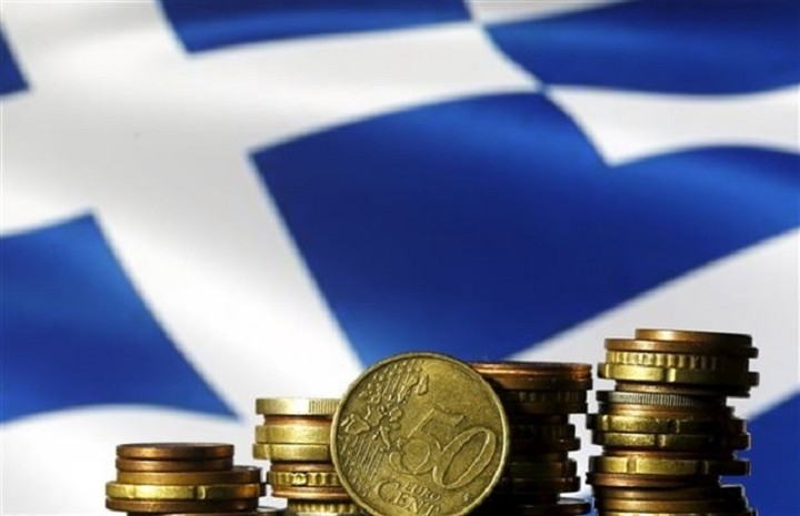 Σε ύφεση 0,9% η ελληνική οικονομία το δεύτερο τρίμηνο