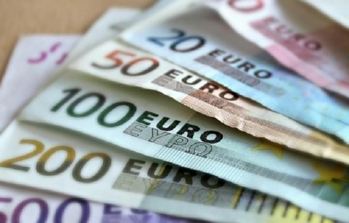 Ποιες επιχειρήσεις δικαιούνται επιδοτήσεις έως 100.000 ευρώ τον χρόνο