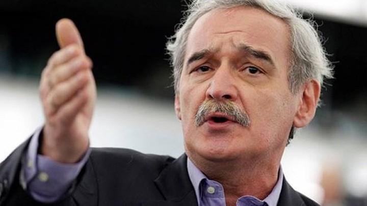 Χουντής: Η κυβέρνηση έχασε 6 δισ. ευρώ στο Eurogroup