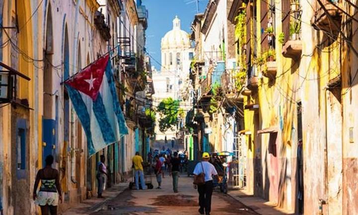 Συσσωρευμένες ζημιές από το 1962 μετράει η Κούβα λόγω εμπάργκο