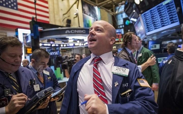 Χαμόγελα χάρισαν Fed και Apple στη Wall Street
