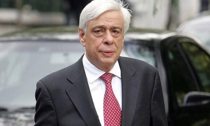 Παυλόπουλος: Η Αντιπροσωπευτική Δημοκρατία κινδυνεύει