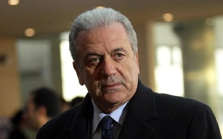 Αβραμόπουλος: Νέος οργανισμός θα διαδεχτεί τη Frontex