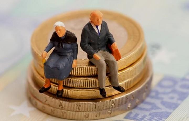 Ποιοι μπορούν να πάρουν σύνταξη πριν τα 62 (ΠΙΝΑΚΕΣ)