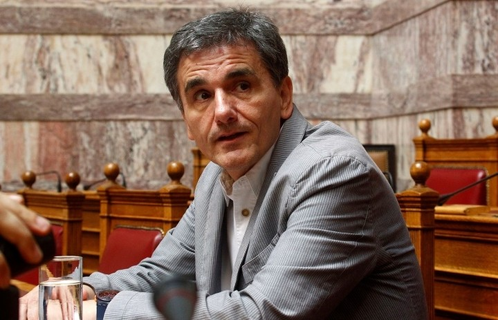 Τσακαλώτος: Ο κ. Μητσοτάκης προτείνει ο ΦΠΑ στα φάρμακα να πάει στο 11% ή στο 22%;