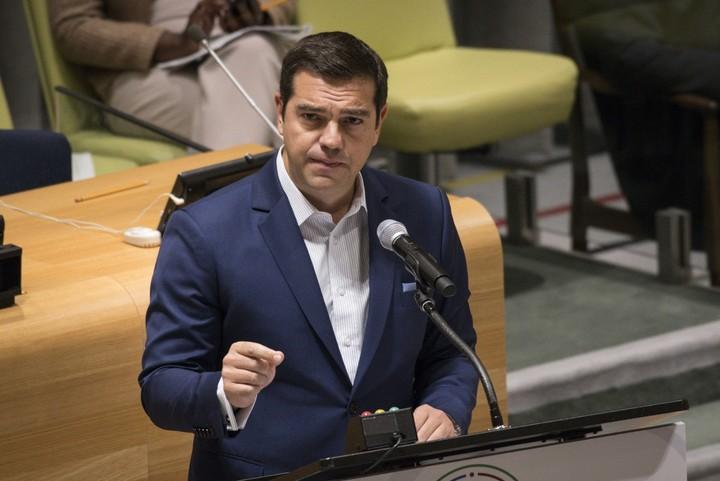 """Τσίπρας: """"Η Ελλάδα επιστρέφει, τα χρόνια της κρίσης τελείιωσαν"""""""