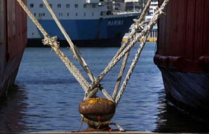 Δεμένα από αύριο όλα τα πλοία στα λιμάνια