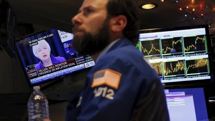"""WS: Δε """"βλέπουν"""" αύξηση των επιτοκίων οι επενδυτές"""