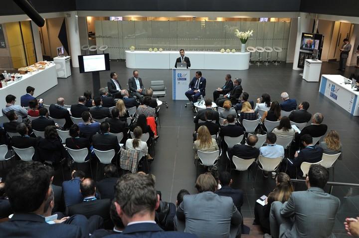 Roadshow: Ικανοποίηση από το ενδιαφέρον των ξένων funds