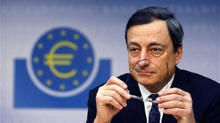Ντράγκι: Έτοιμη για οποιονδήποτε κίνδυνο στην ευρωζώνη η ΕΚΤ