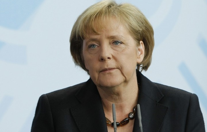 Μέρκελ: Θα λυθούν τα προβλήματα της Deutsche Bank