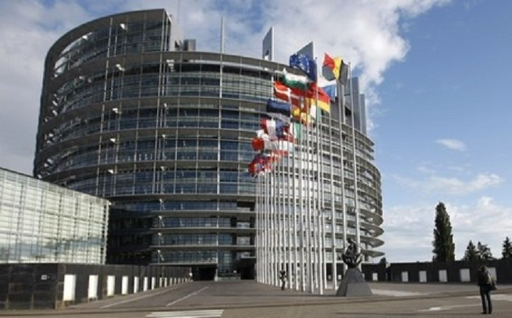Εγκρίθηκε από το ΕΚ η χρηματοδότηση για τους σεισμόπληκτους στο Ιόνιο