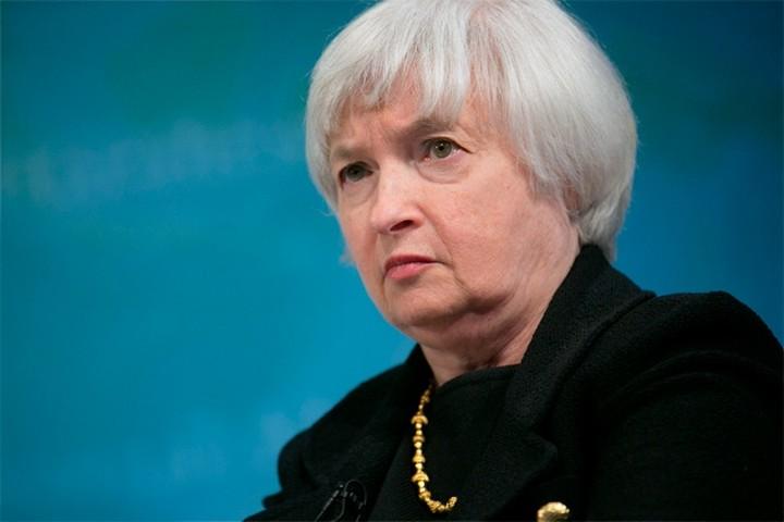 Γιέλεν: Πιο απαιτητικά stress tests εξετάζει η Fed