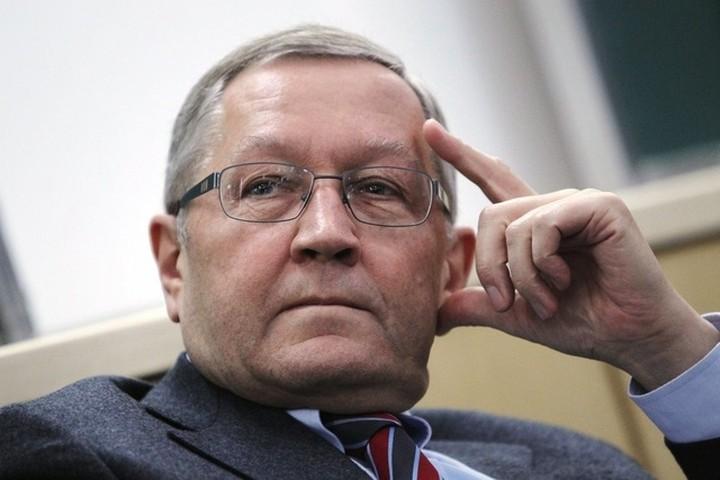 """Ρέγκλινγκ: """"Μένει να ελέγξει η Κομισιόν ένα η ελληνική κυβέρνηση έχει εφαρμόσει τα προαπαιτούμενα"""""""