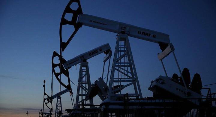 Fitch: Σταδιακή ανάκαμψη των τιμών πετρελαίου τα επόμενα δύο χρόνια