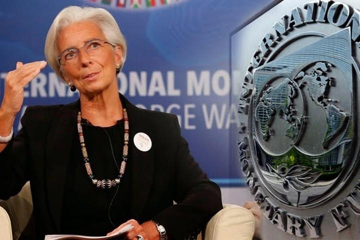 """""""Βόμβα"""" από Bloomberg: Δεν μπαίνει το ΔΝΤ στο ελληνικό πρόγραμμα πριν τον Σεπτέμβριο του 2017"""