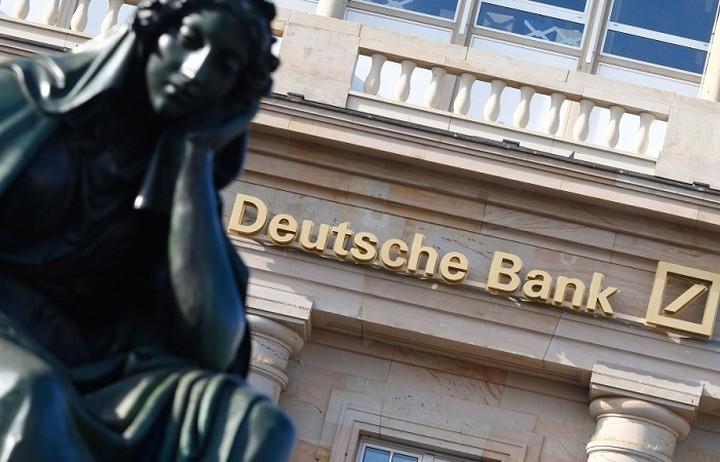 Γιατί η Deutsche Bank απειλεί την αμερικανική κυβέρνηση με κατάρρευση του συστήματος