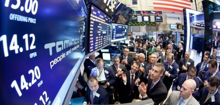 """Άνοδος στη Wall Street με """"καύσιμο"""" το πετρέλαιο"""