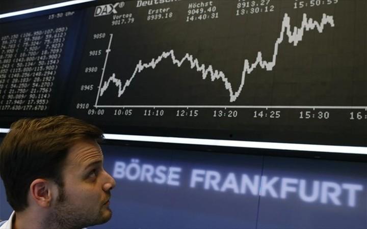 Θετικό κλείσιμο στις ευρωαγορές με ώθηση από Deutsche Bank
