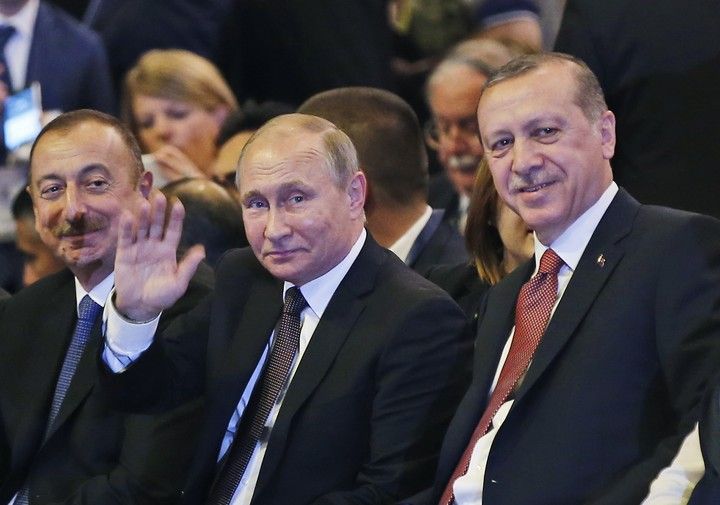 Υπέγραψαν τη σύμβαση για τον αγωγό Turkstream Πούτιν και Ερντογάν