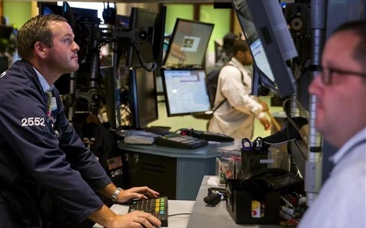 WS: Στασιμότητα και οριακές μεταβολές εν αναμονή των πρακτικών της Fed