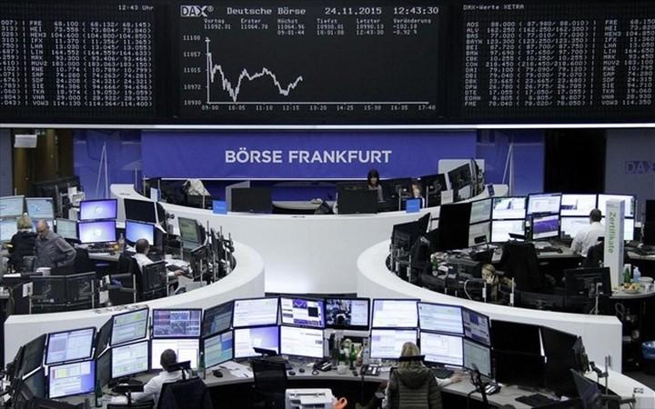 Ευρωαγορές: Απώλειες με πιέσεις στον τεχνολογικό κλάδο