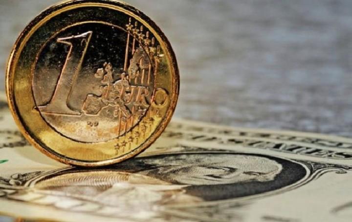 Άνοδο 0,10% σημειώνει το ευρώ