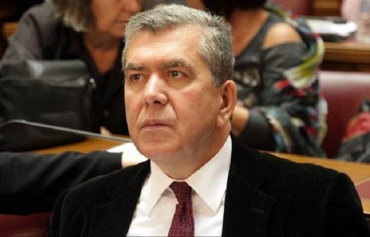 Μητρόπουλος: Ολόκληρη αποζημίωση δικαιούνται όσοι αποχωρούν λόγω συνταξιοδότησης