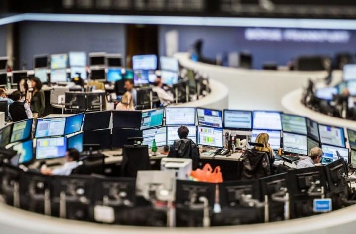 Ευρωαγορές: Κέρδη δια χειρός Ντράγκι