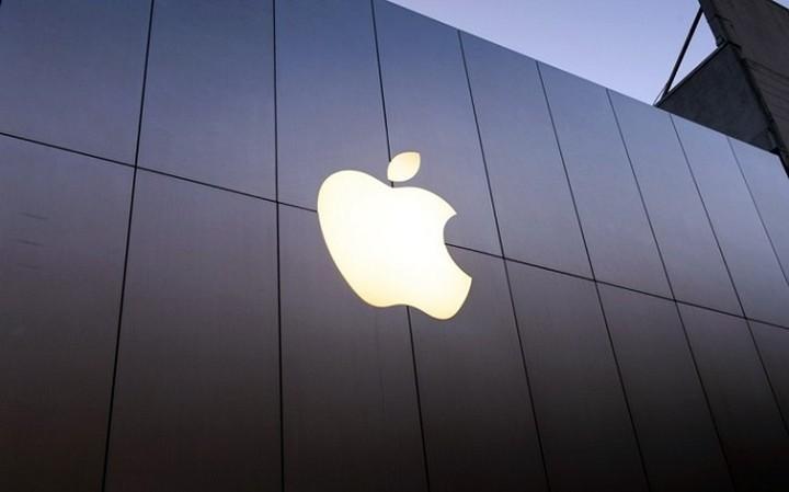 Συνεχίζεται η πτωτική πορεία στα κέρδη της Apple