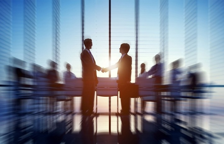 Apple και Deloitte δίνουν τα χέρια