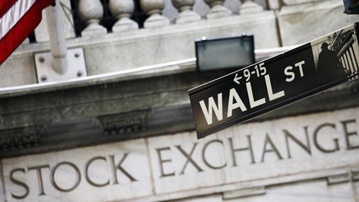 "WS: ""Φρένο"" στο σερί του Dow Jones - Ράλι για το αργό"