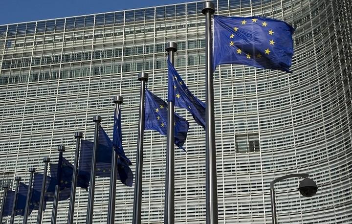 Κομισιόν: Η Ελλάδα να εφαρμόσει τους κοινούς κανόνες της ΕΕ περί λογιστικού ελέγχου