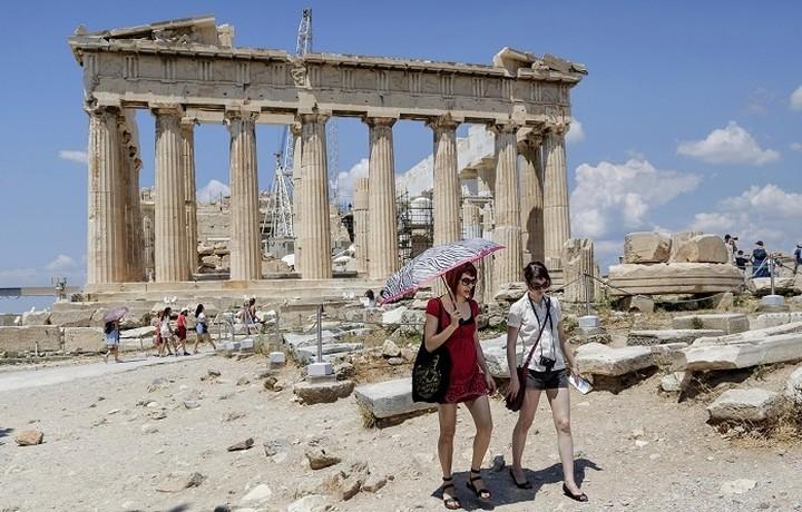 Αύξηση στις ταξιδιωτικές εισπράξεις τον Σεπτέμβριο