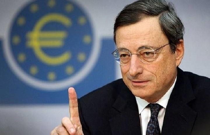 Ντράγκι: Κυρίαρχη η πολιτική αβεβαιότητα αυτή την περίοδο στην Ευρώπη