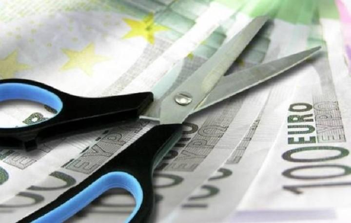 «Ψαλίδι» στις συντάξεις άνω των 2.000 ευρώ - H εγκύκλιος