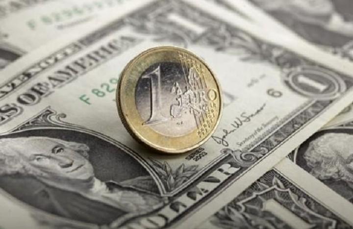 Άνοδο 0,4% σημειώνει το ευρώ