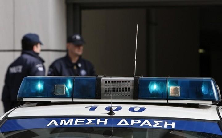 Ληστεία με πυροβολισμούς στο κέντρο της Αθήνας