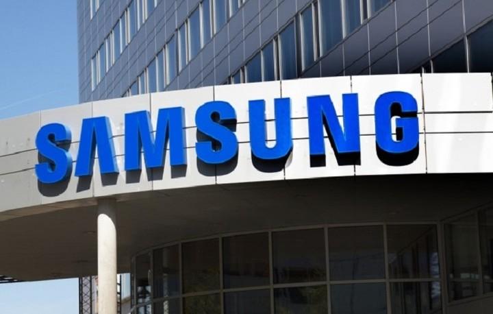 Παρά τις αναταραχές οι μετοχές της Samsung έσπασαν κάθε ρεκόρ