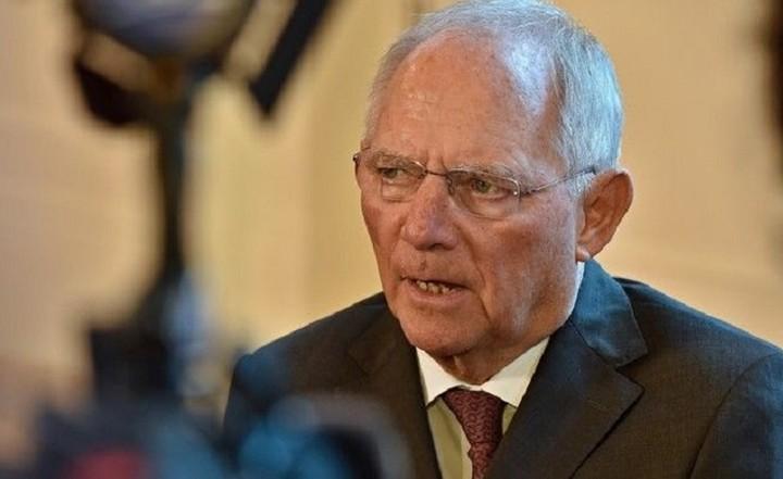Σόιμπλε: Δεν έχω καμία κατανόηση όταν ο Τσίπρας επιρρίπτει ευθύνες στη γερμανική κυβέρνηση