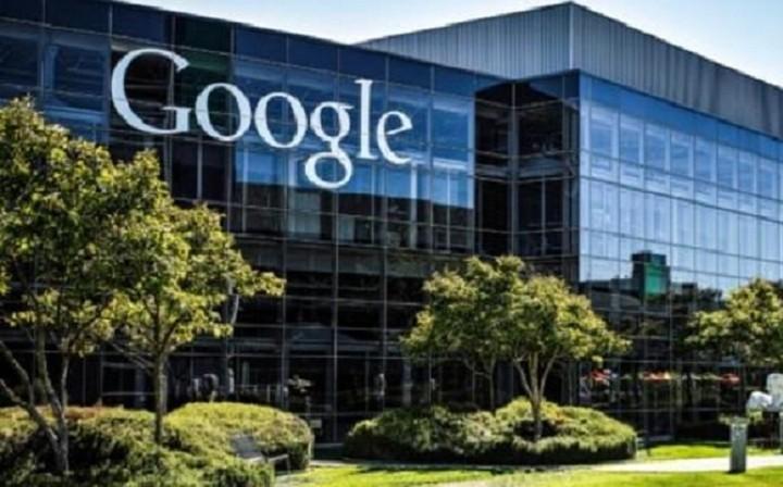 «Εμφύλιος πόλεμος» στην Google