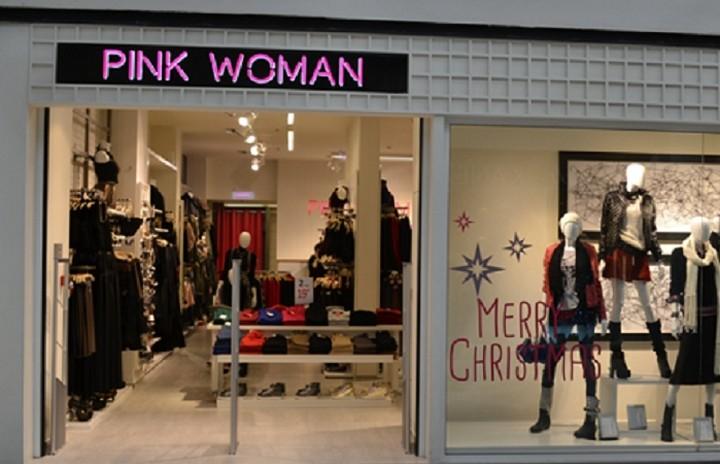 Η Pink Woman πάει Aίγυπτο και Σαουδική Aραβία
