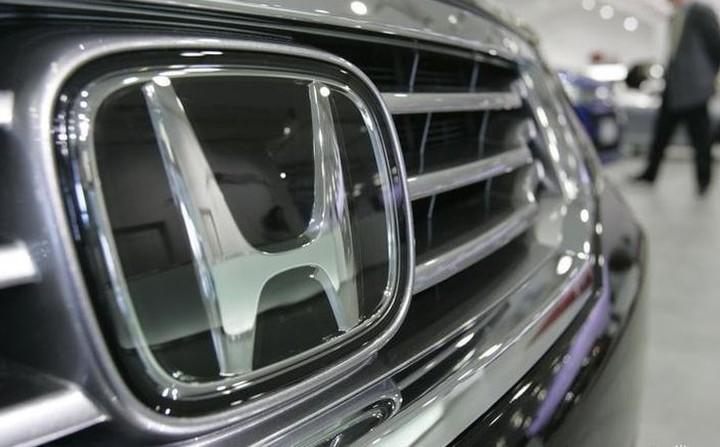 Ανακαλεί 650.000 οχήματα η Honda