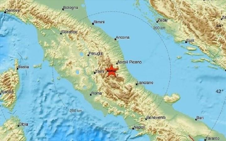 Τρεις σεισμοί ταρακούνησαν την Ιταλία