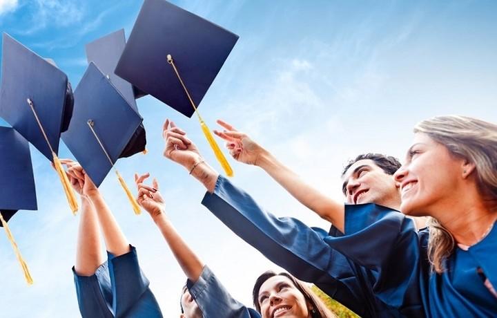 293 υποτροφιές σε υποψήφιους διδάκτορες από το ΙΚΥ