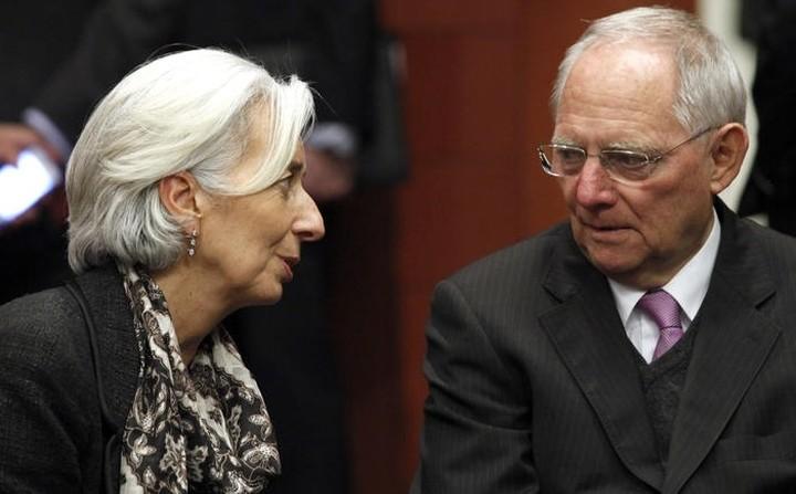 Λαγκάρντ σε Σόιμπλε: Το ΔΝΤ θα συνεχίσει τη συμμετοχή του στο ελληνικό πρόγραμμα