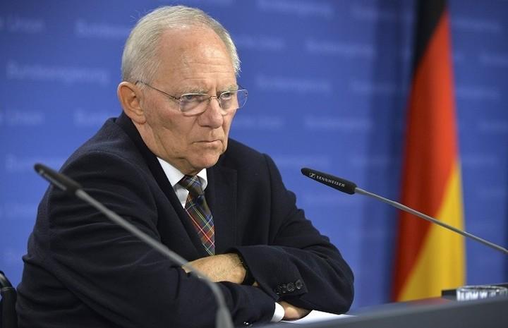 Σόιμπλε: Συγκρατημένη αισιοδοξία για την οικονομία της ευρωζώνης